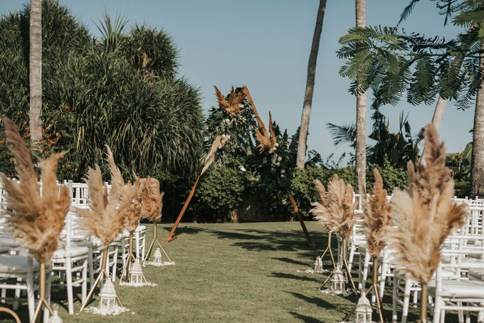 Chill Boho-chic Wedding at Villa Samadhana, Bali by Silverdust Decoration - 007
