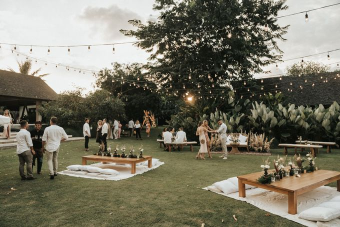 Chill Boho-chic Wedding at Villa Samadhana, Bali by Silverdust Decoration - 024