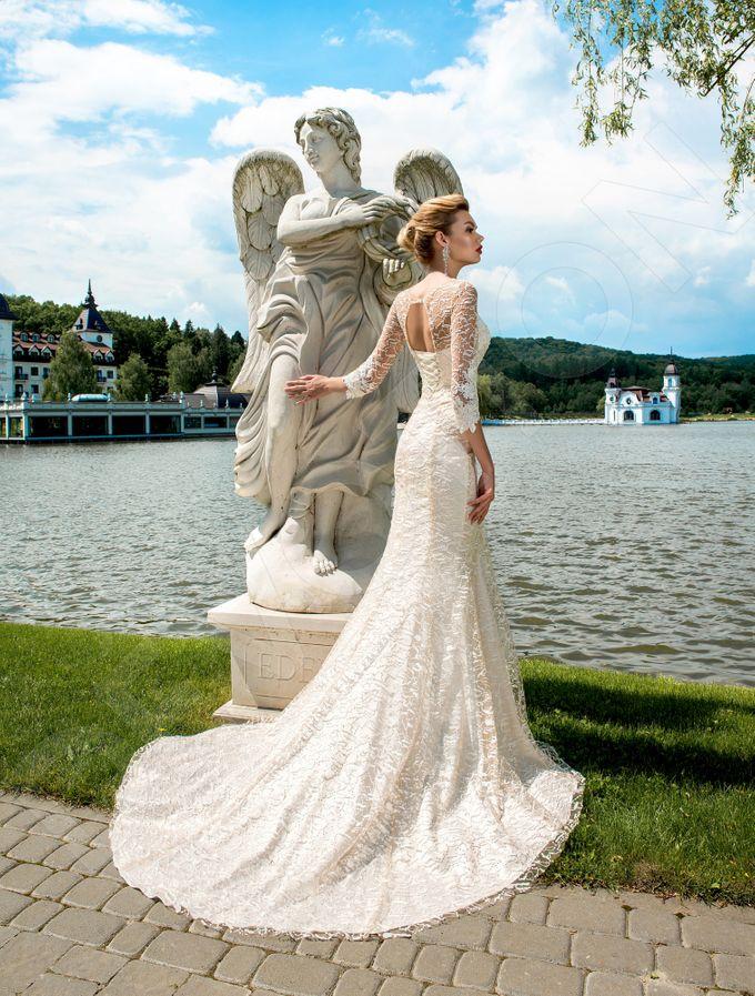 Elegant Trumpet Mermaid silhouette Dafnia wedding dress by DevotionDresses - 003