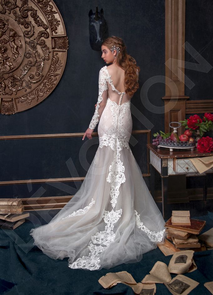 Luxury Trumpet Mermaid silhouette Verania wedding dress by DevotionDresses - 002