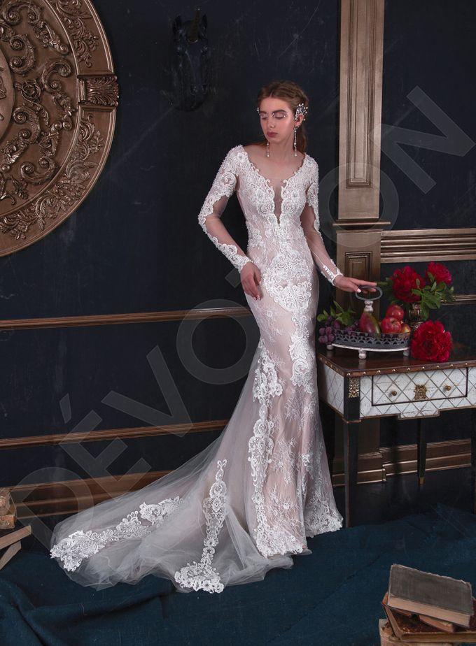 Luxury Trumpet Mermaid silhouette Verania wedding dress by DevotionDresses - 001