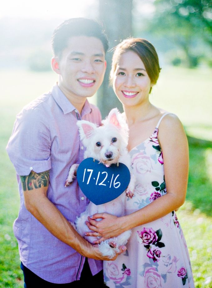 Casual picnic fun Pre-wedding by Nathan Wu Photography - 005