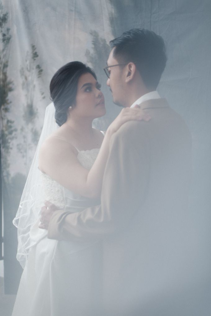 Tia and Jimmy   Couple Session  by Hotel Majapahit - 007
