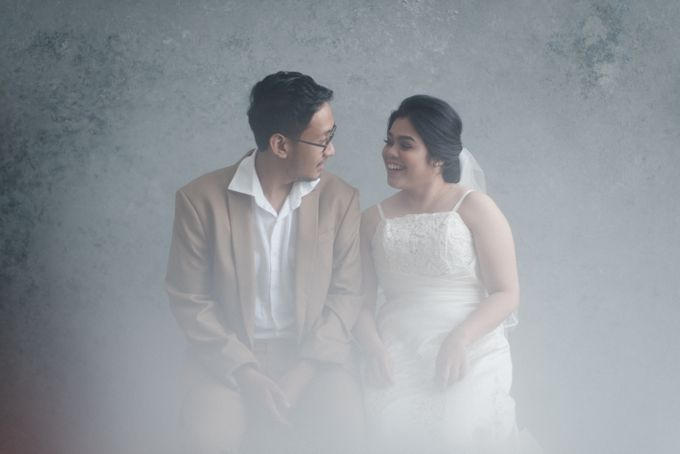Tia and Jimmy   Couple Session  by Hotel Majapahit - 010