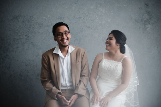 Tia and Jimmy   Couple Session  by Hotel Majapahit - 011