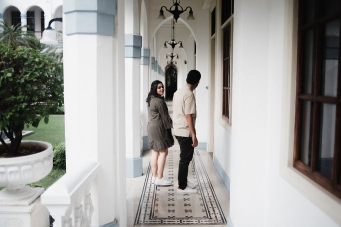 Tia and Jimmy   Couple Session  by Hotel Majapahit - 015