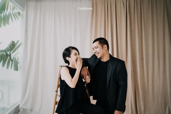 Prewedding Photoshoot Sabar & Tiara by Nike Makeup & Hairdo - 019