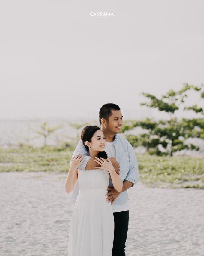Prewedding Photoshoot Sabar & Tiara by Nike Makeup & Hairdo - 003