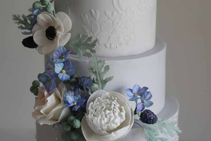 Four Tiered Cake with Edible Sugar Flowers by Cher - 001