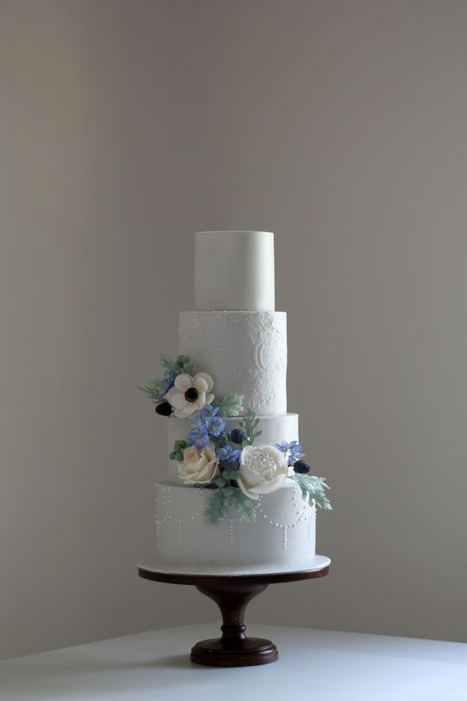 Four Tiered Cake with Edible Sugar Flowers by Cher - 002
