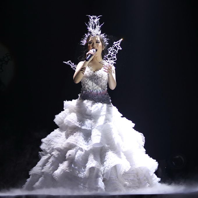 Tiffany Sweet 17th Birthday Dress (Hunger Games) by Yenny Lee Bridal Couture - 005