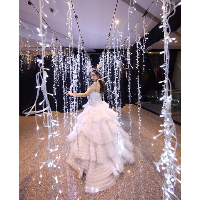 Tiffany Sweet 17th Birthday Dress (Hunger Games) by Yenny Lee Bridal Couture - 003