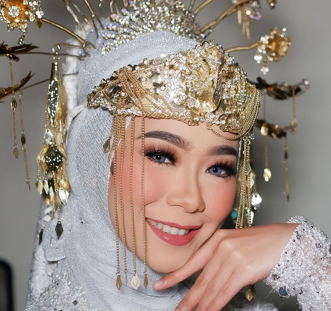 Traditional Ceremony by Make Up by Mutiara Fallahdani - 007