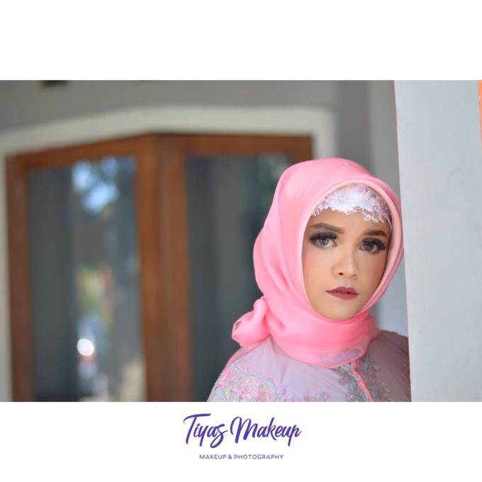 Engagement Makeup by Tiyas Makeup - 002