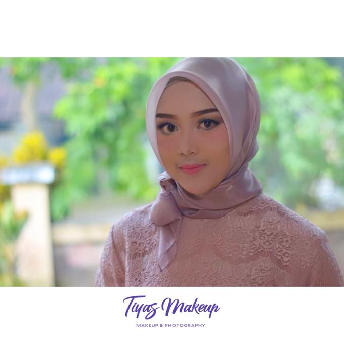 Graduation Makeup by Tiyas Makeup - 001