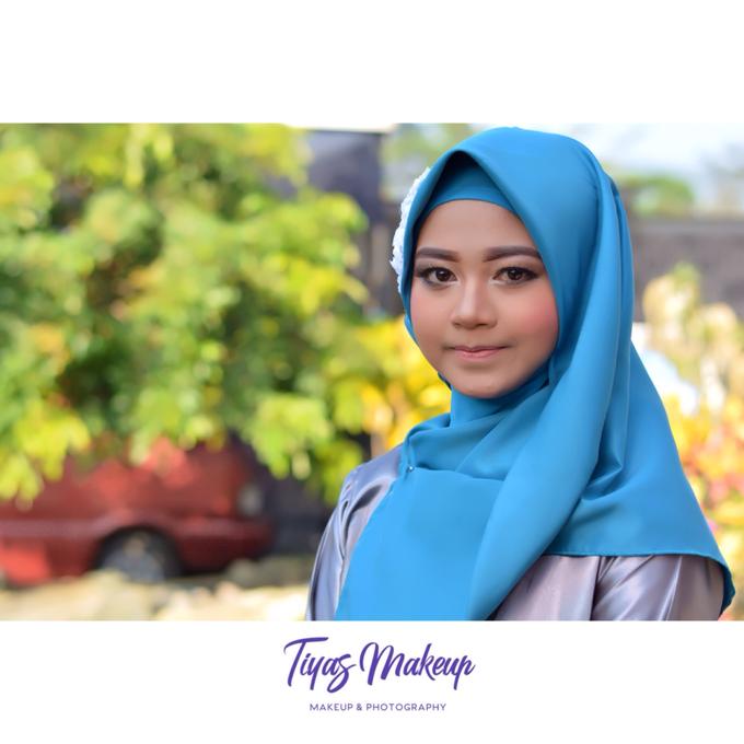 Graduation Makeup by Tiyas Makeup - 009