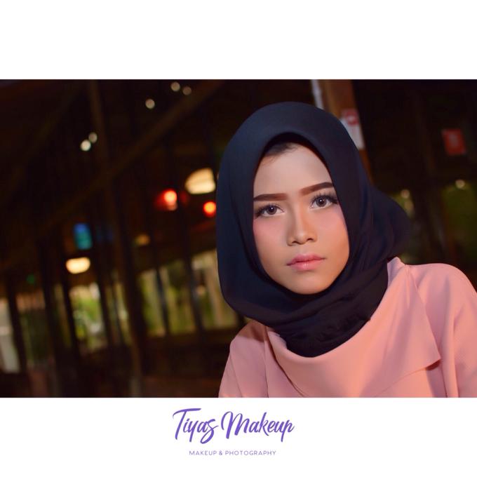 Photo shoot Makeup by Tiyas Makeup - 001