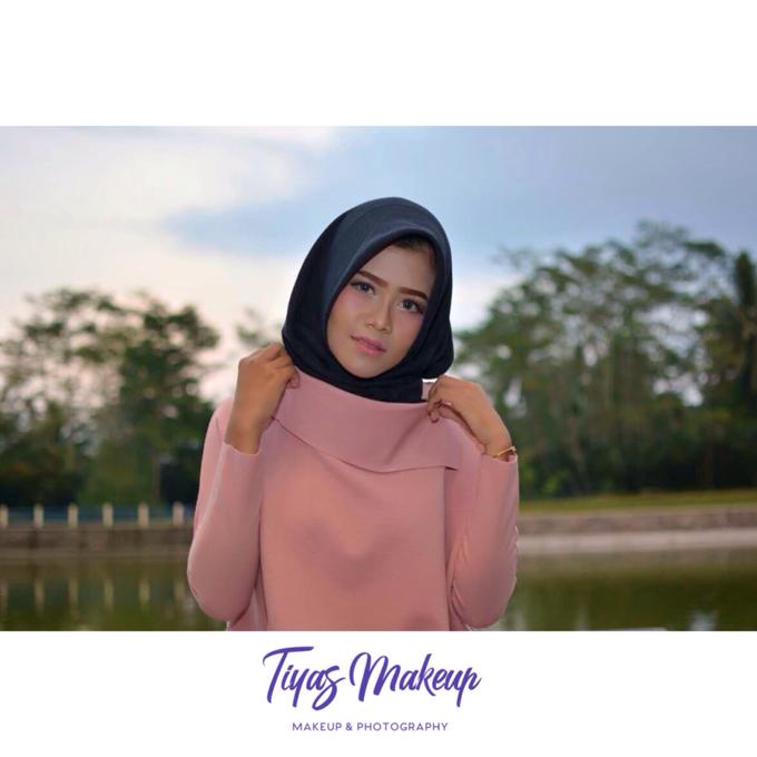 Photo shoot Makeup by Tiyas Makeup - 002