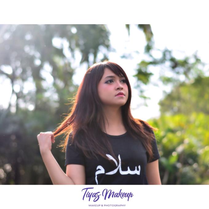 Photo shoot Makeup by Tiyas Makeup - 010