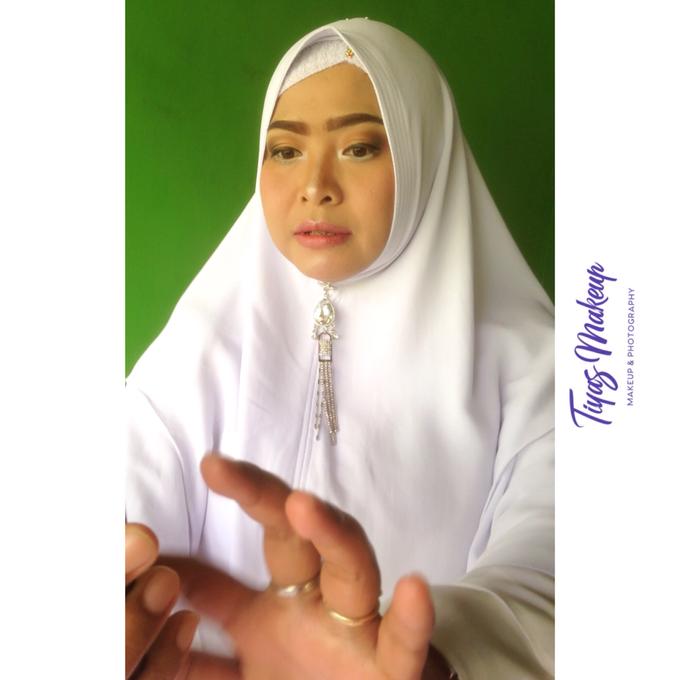 Photo shoot Makeup by Tiyas Makeup - 024