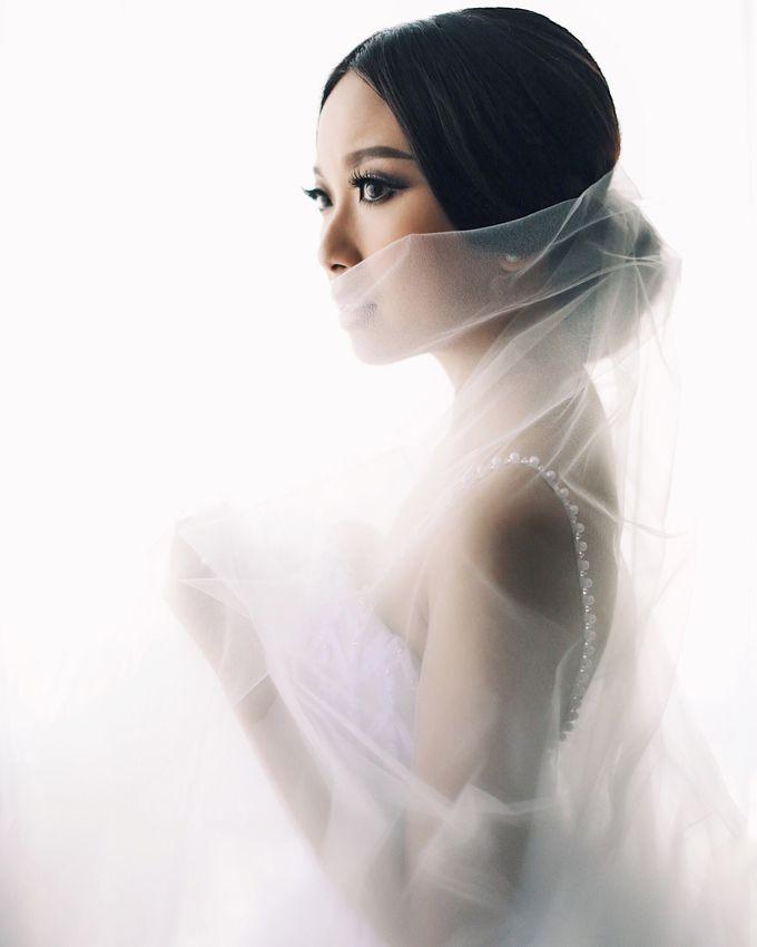 Yulianto & Lina - Wedding Day by Diorama Tailor - 009