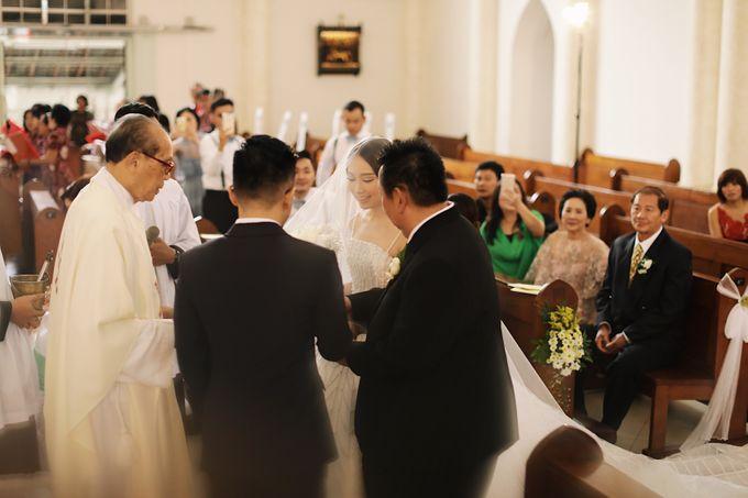 Yulianto & Lina - Wedding Day by Diorama Tailor - 020