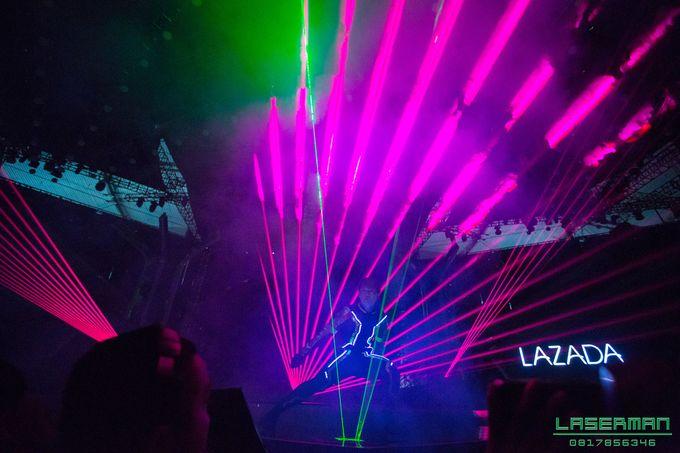 lasermanjakarta show for lazada super party on sctv l lasermanindonesia l laserman l laserman by mingworks by Laserman show - 001