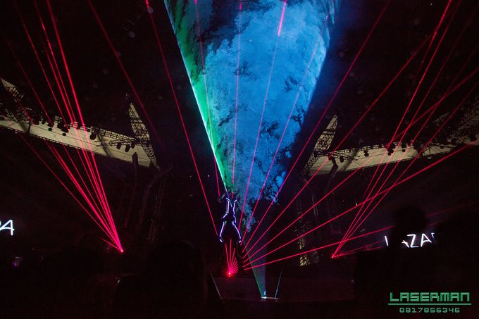 lasermanjakarta show for lazada super party on sctv l lasermanindonesia l laserman l laserman by mingworks by Laserman show - 011