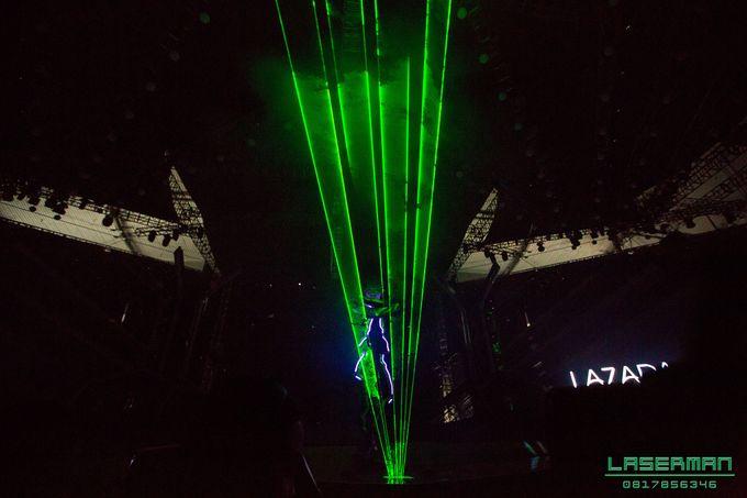 lasermanjakarta show for lazada super party on sctv l lasermanindonesia l laserman l laserman by mingworks by Laserman show - 024