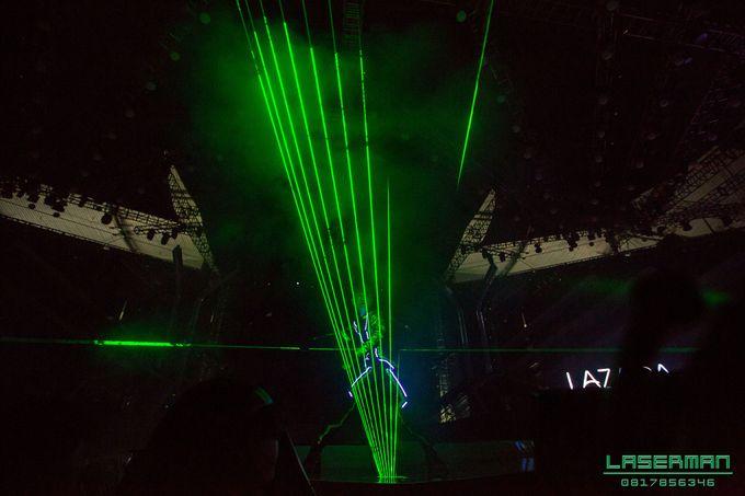 lasermanjakarta show for lazada super party on sctv l lasermanindonesia l laserman l laserman by mingworks by Laserman show - 021