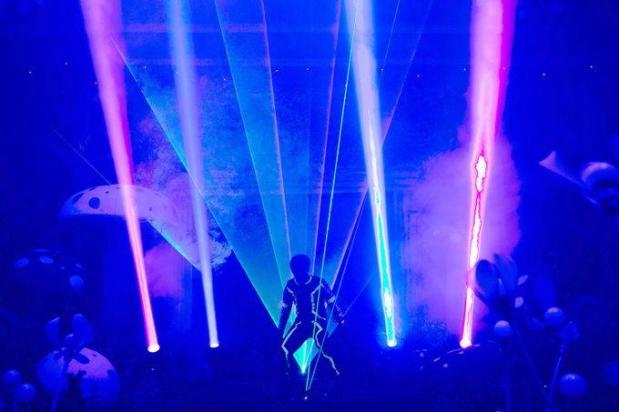 @lasermanjakarta show at mercurealamsutera by Laserman show - 006