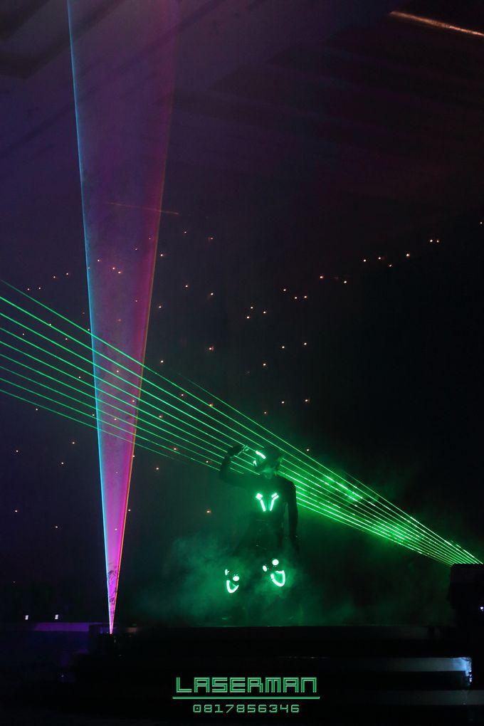 laserman indonesia l lasermanjakarta l laserman show for exquisite awards l Kempinski hotel by Laserman show - 014
