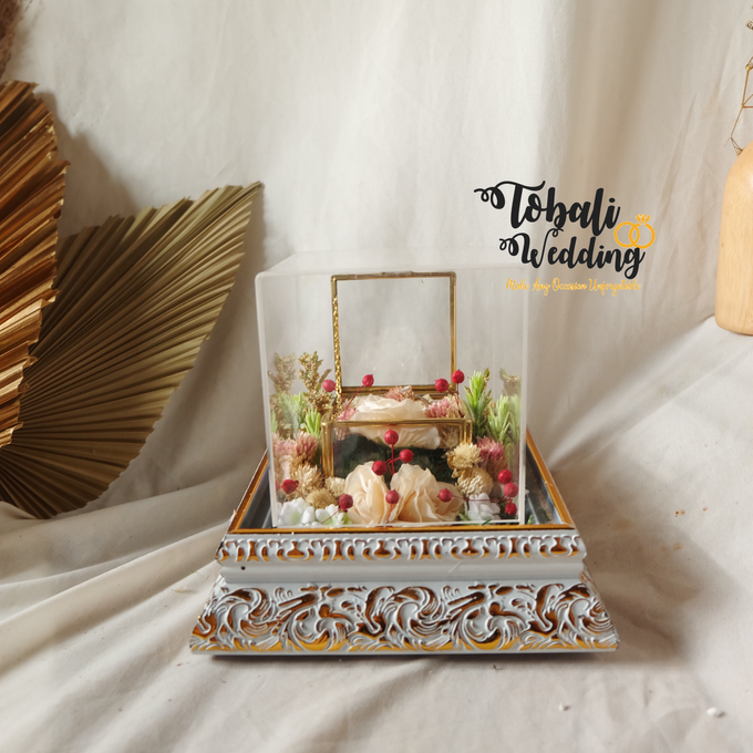 PREMIUM RINGBOX INCLUDE TRAY AKRILIK by Tobaliwedding - 001
