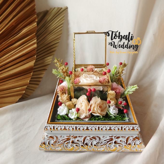 PREMIUM RINGBOX INCLUDE TRAY AKRILIK by Tobaliwedding - 002