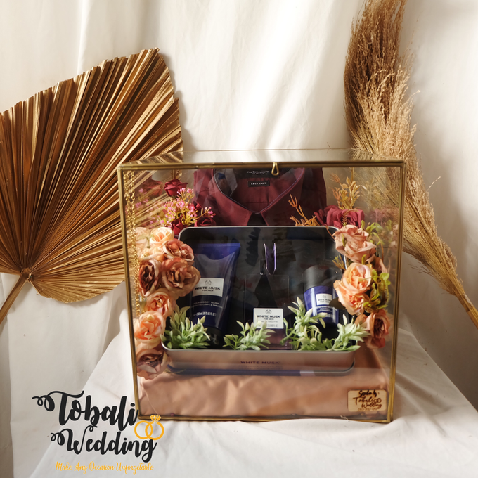 SESERAHAN MODEL KUNINGAN ATAU TERRARIUM by Tobaliwedding - 001