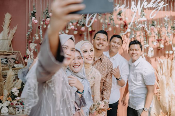 Engagement Day Aghnia & Reinukky by Hexa Images - 039