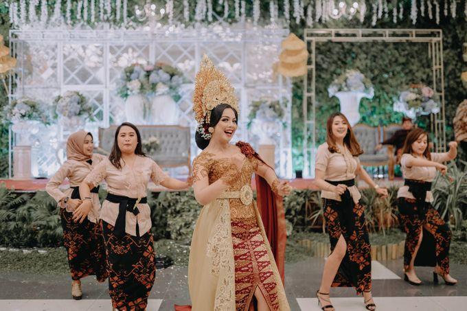 Balinese Wedding of Krishna & Bunga by Hexa Images - 032
