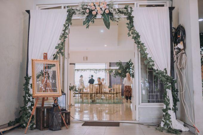 Bohemian & Rustic Simple Wedding of Heny & Luke by Abirupa Wedding Planner - 010