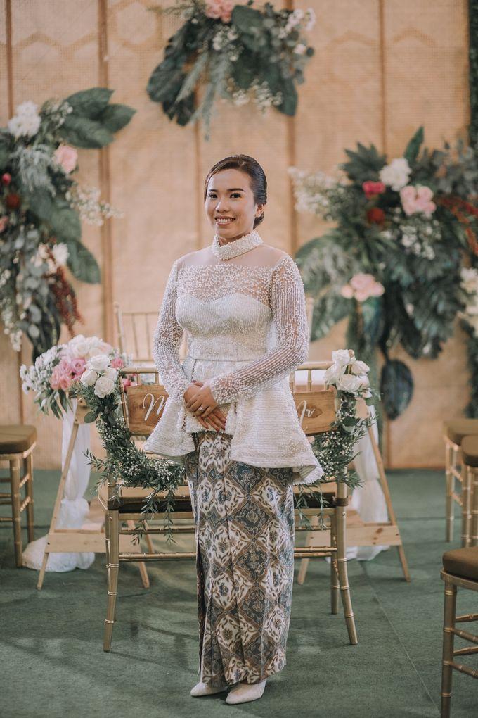 Bohemian & Rustic Simple Wedding of Heny & Luke by Abirupa Wedding Planner - 011