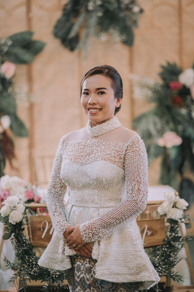 Bohemian & Rustic Simple Wedding of Heny & Luke by Abirupa Wedding Planner - 012
