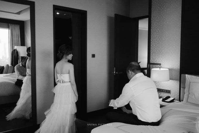Intimate Wedding - Nick & Christy by Aniwa Pictures - 009