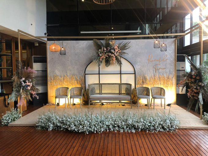 Premium Intimate Wedding at Century Park Hotel by Bright Wedding Jakarta - 005