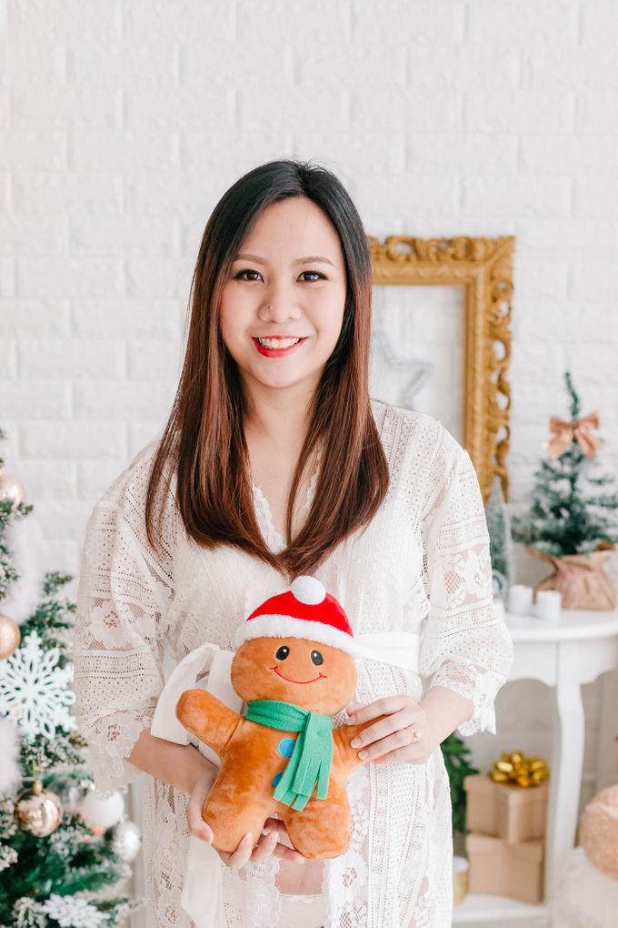 Maternity Boudoir - Christmas Edition by Bells & Birds - 003