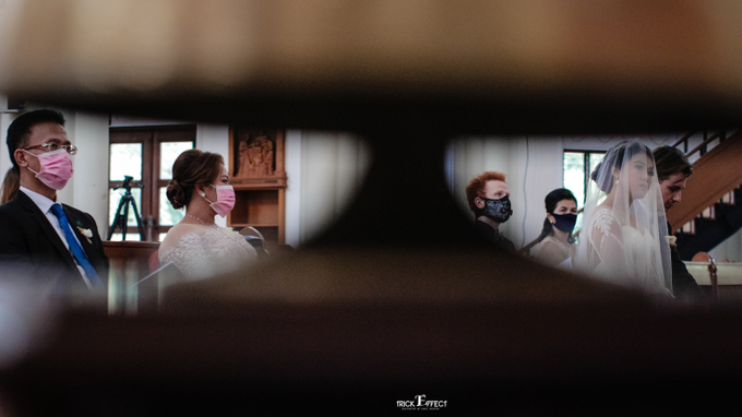 The Wedding of Alvita & Peter by Trickeffect - 002