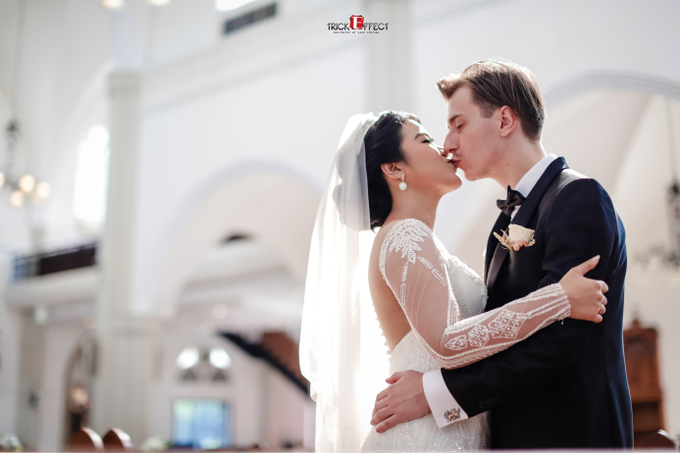 The Wedding of Alvita & Peter by Trickeffect - 009
