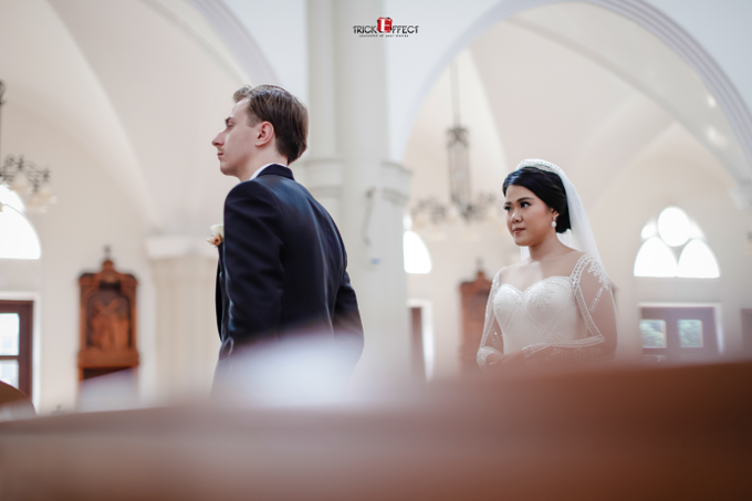 The Wedding of Alvita & Peter by Trickeffect - 010