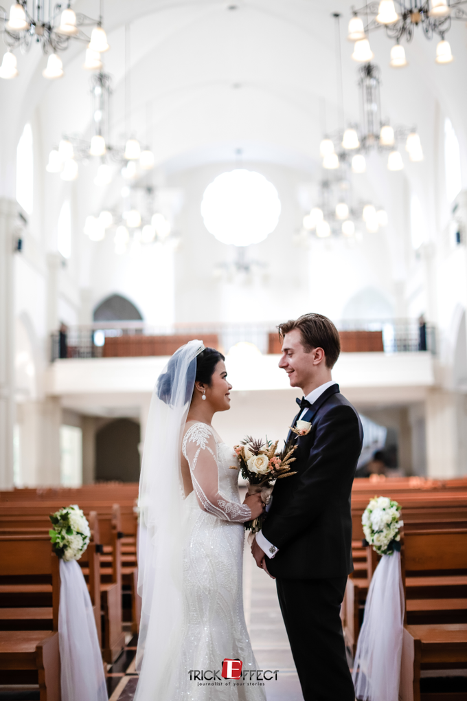 The Wedding of Alvita & Peter by Trickeffect - 015