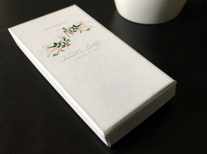 Plum Garden AngPao Envelope by Trouvaille Invitation - 001