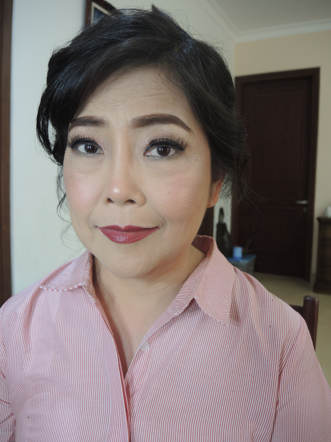 Makeup for Mature Women 1 by Troy Makeup Artist - 005
