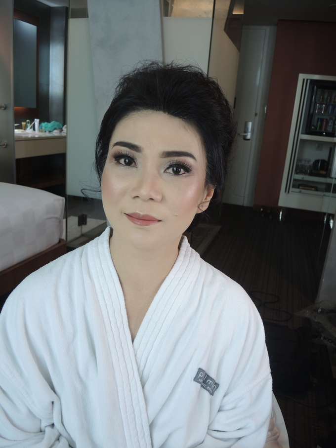 Makeup for Mature Women 1 by Troy Makeup Artist - 010